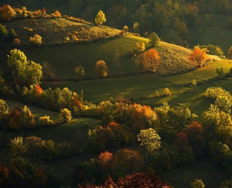 In love with the #October colors around Kosovo   #imageofkosovo<br>http://pic.twitter.com/Sc7OiQVFk0