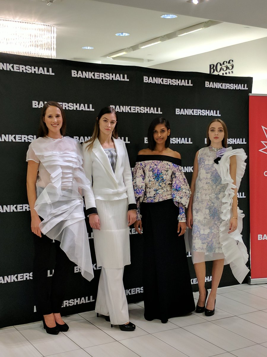 Had the best time last night celebrating #Canada150  with @katrinaolson at @BlusWomensWear @BankersHall feat. @MarieSaintPier #fashion<br>http://pic.twitter.com/2Y0lZtnRrb