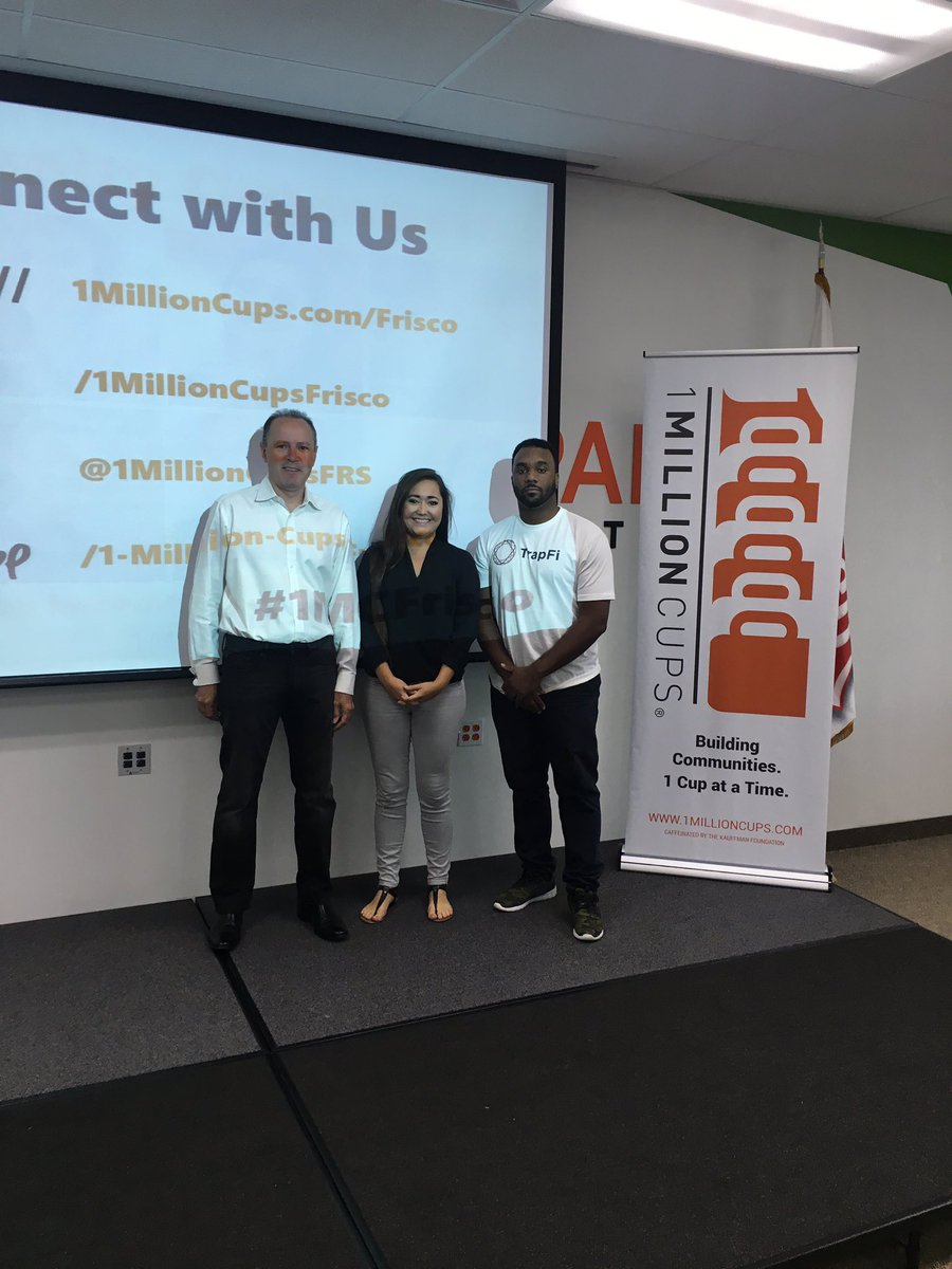 The presenters are here, networking is underway. Come join us @launchpadcity for &quot;Education for Entrepreneurs&quot;. #1MC #Frisco #learning #dfw<br>http://pic.twitter.com/nJQQExmel4