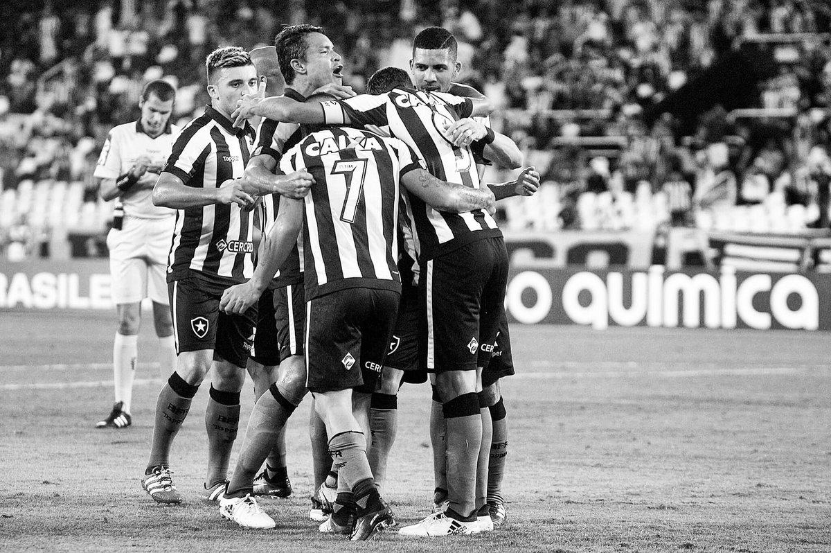 Hoje é dia de ser Botafogo! #VamosGanharFogo 🔥 https://t.co/QwyKAq1Lae
