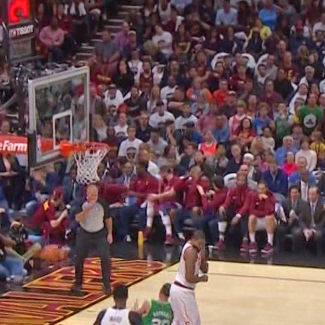 Gordon : Cavs bench reaction Gordon Hayward injury tells | Scoopnest