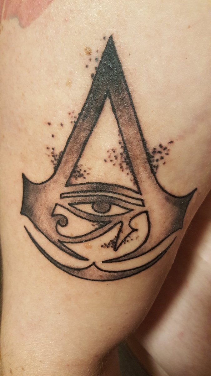 Top Ten Floo Y Wong Artist Assassin S Creed Symbol Tattoo
