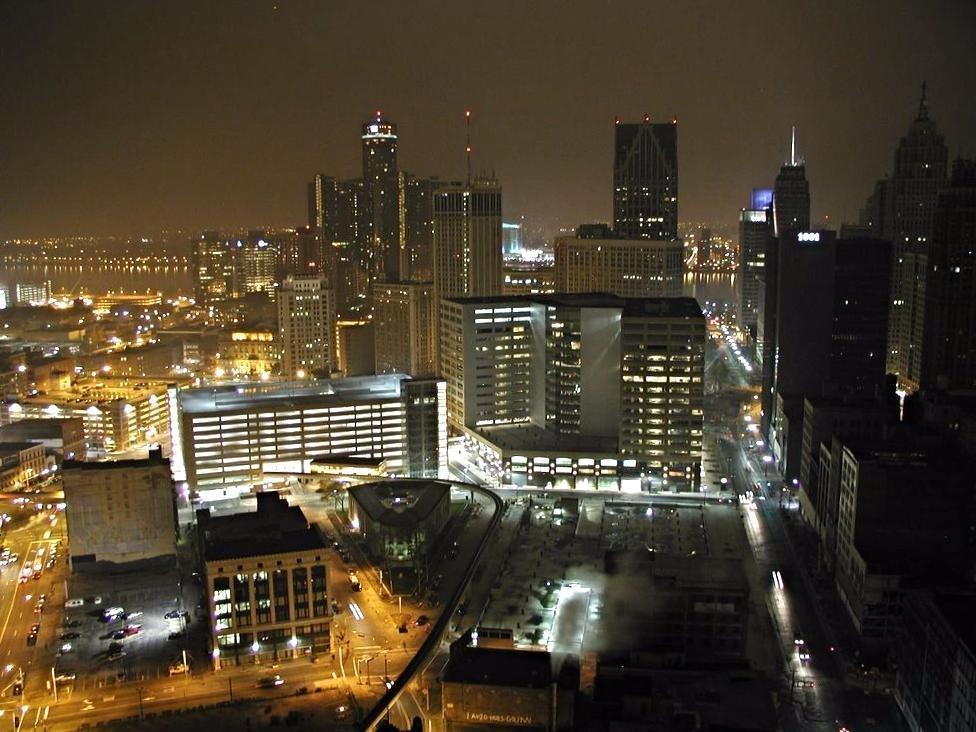 Downtown Detroit 2003 vs. 2017, don't fo...