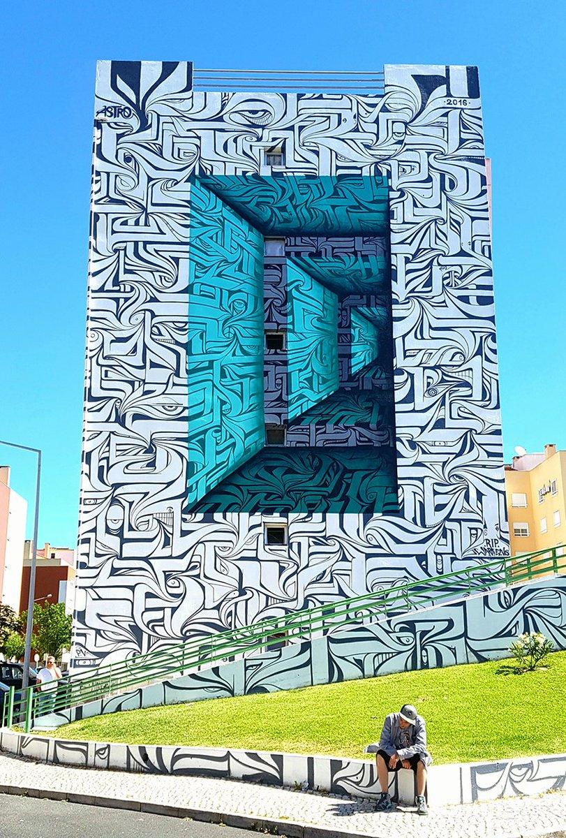 12 Best Cities in Europe For Street Art!  http:// graffitikings.co.uk/12-best-cities -europe-street-art/ &nbsp; …   http:// graffitikings.co.uk/12-best-cities -europe-street-art/ &nbsp; …  @GraffitiKINGS #art #humanworld #painting #gallery <br>http://pic.twitter.com/63dO3LPrRB