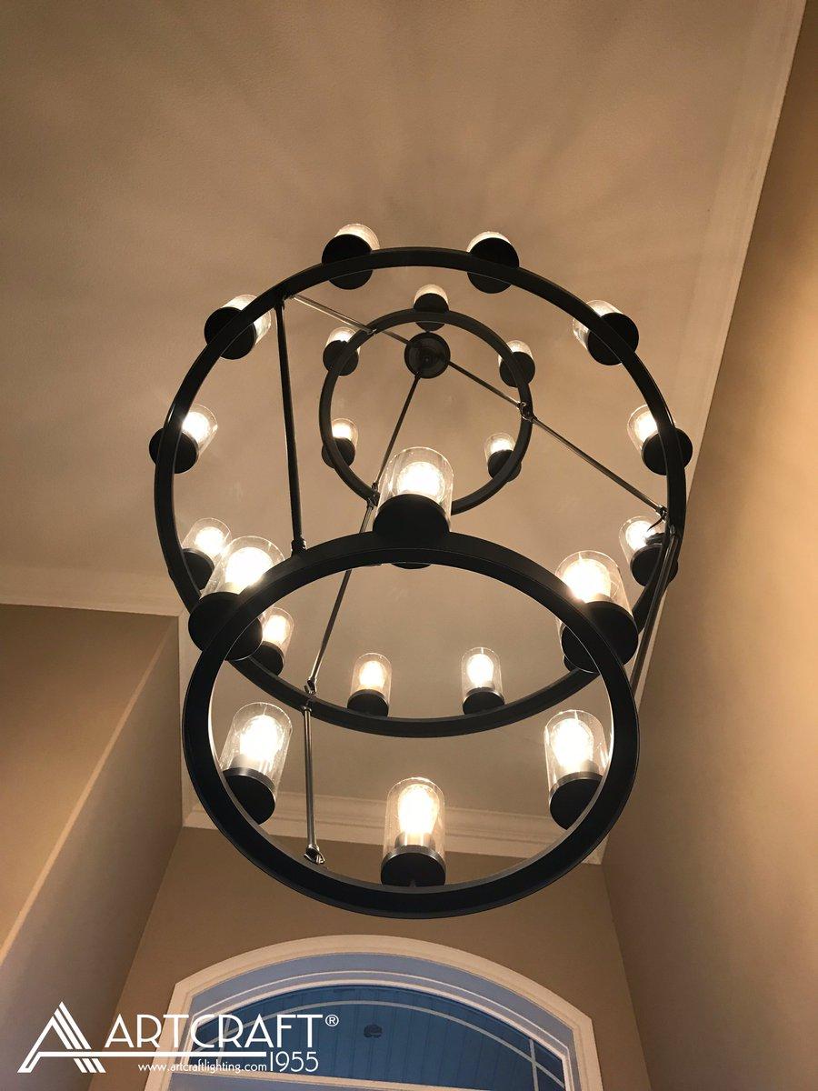 Artcraft Lighting On Twitter The Menlo Park Foyerchandelier Foyer Staircase Chandelier Luxurylighting Homedecor Homelighting