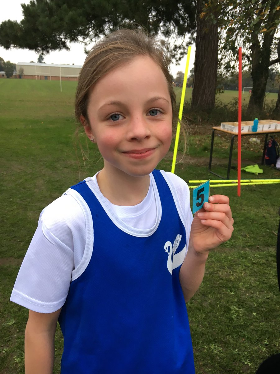 A fantastic run by Lucy in the cross country meet. 5th place out of nearly 100 girls! #crosscountry @NikeRunning