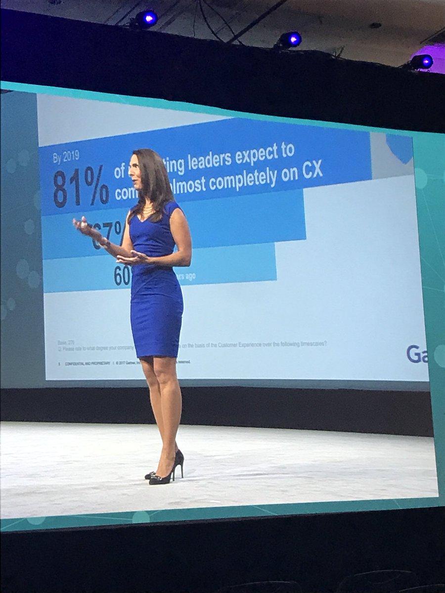 How do we improve customer experience?  Kristen Newbold-Knipp @Gartner_inc speaks #CustomerExperience &amp; the future #SitecoreSYM @Sitecore<br>http://pic.twitter.com/5gZbz8Z0HW