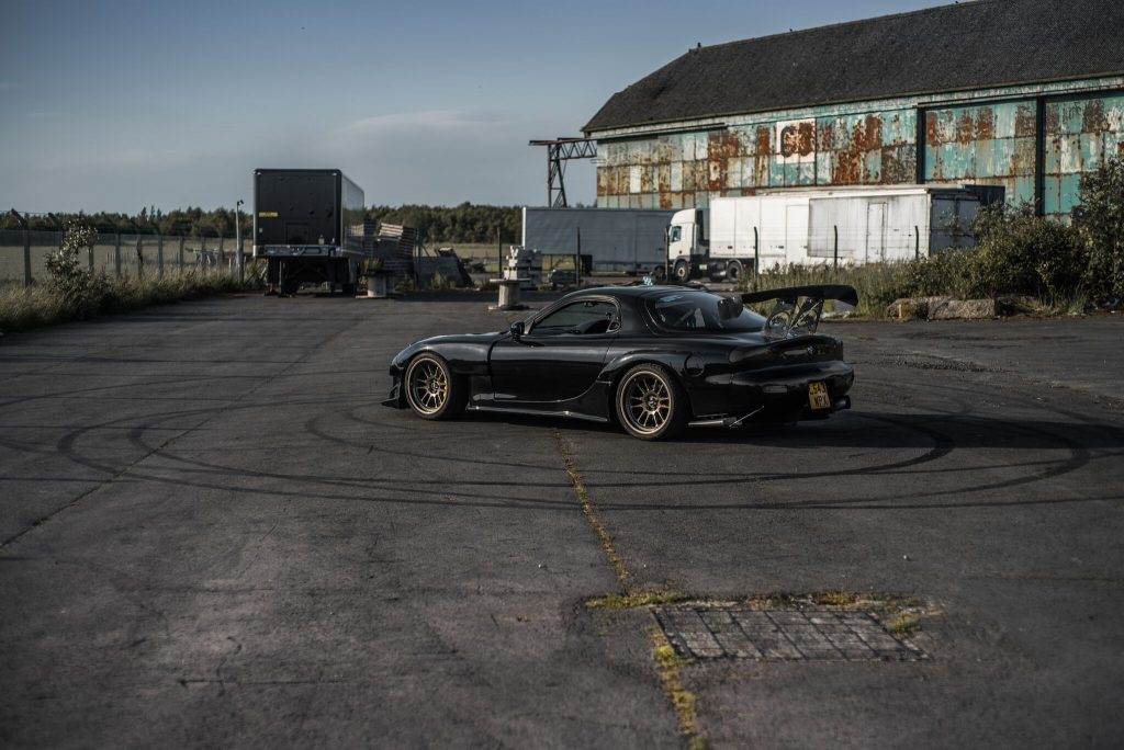 Jake&#39;s 1993 Mazda RX7 FD3S #JDM Full Feature:  http:// Driveslate.com/feature-385  &nbsp;  <br>http://pic.twitter.com/nsw8RmYORi