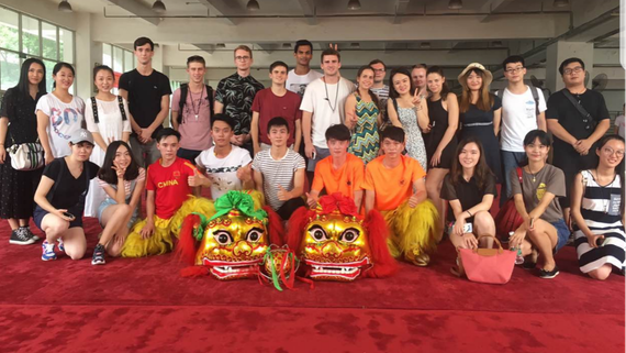 Our #summerschool trip to #ZUEL, #China was 'an incredible experience'. Discover more here:  https:// buff.ly/2ywVYWQ  &nbsp;   #GO #WeAreInternational<br>http://pic.twitter.com/ze6HxLBZFF