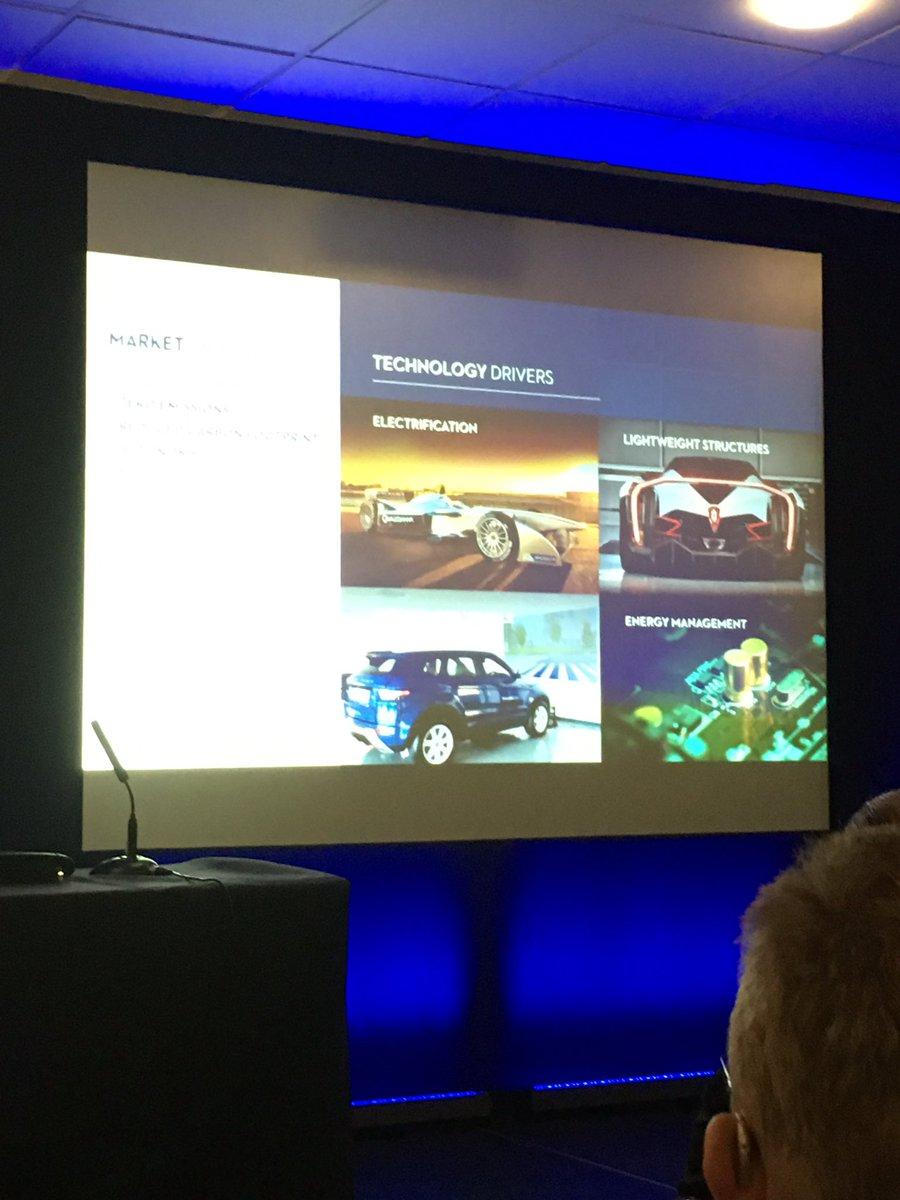 @ElecDesignShow great presentations today, thanks @EurekaMagazine and Iain Wight @WilliamsRacing #williamsf1 #engineering<br>http://pic.twitter.com/WjvUsTWLKJ
