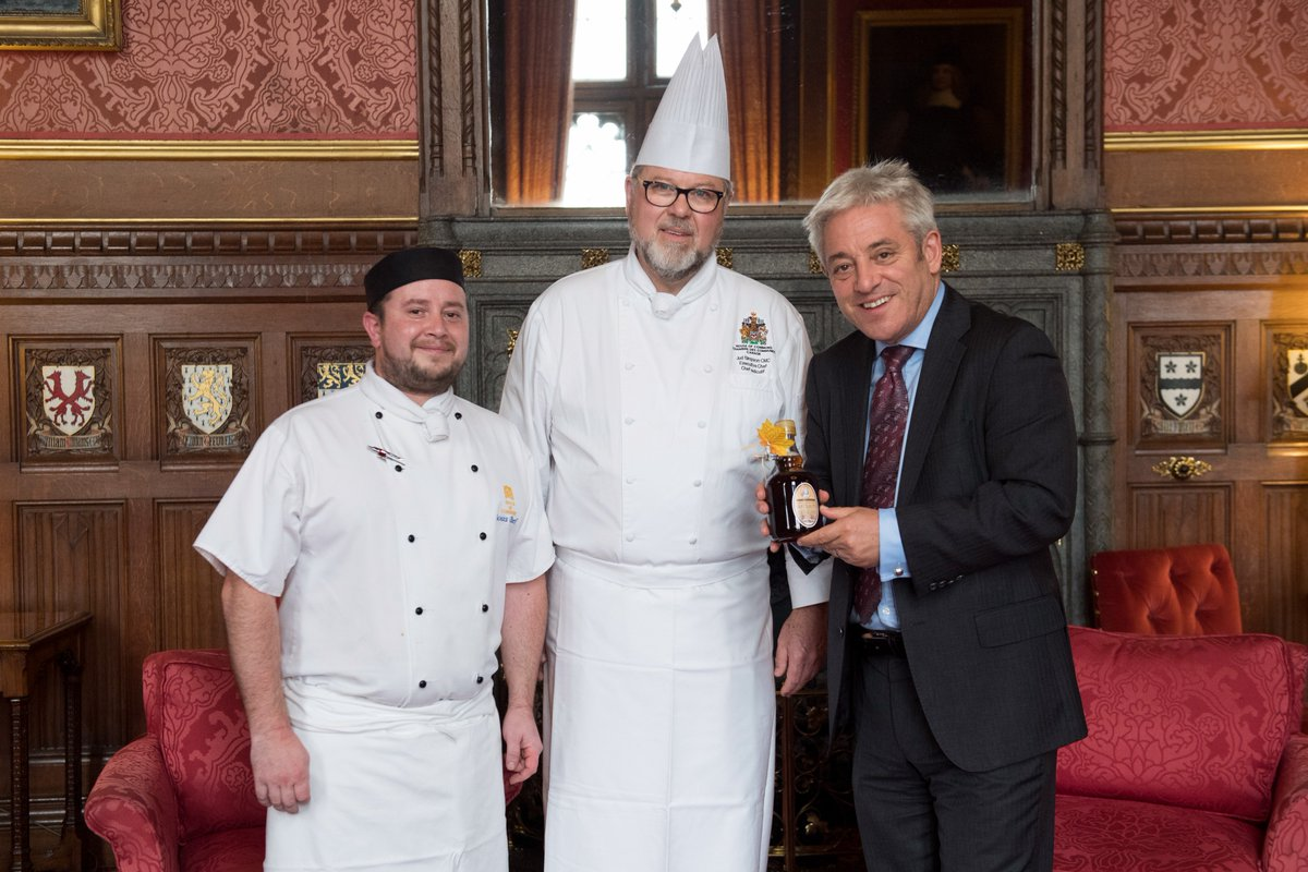 A big welcome to the exec chef of the Canadian Parliament Judson Simpson who spends this week with us. Thanks for the maple syrup #Canada150  <br>http://pic.twitter.com/j5FVUPA4Dw