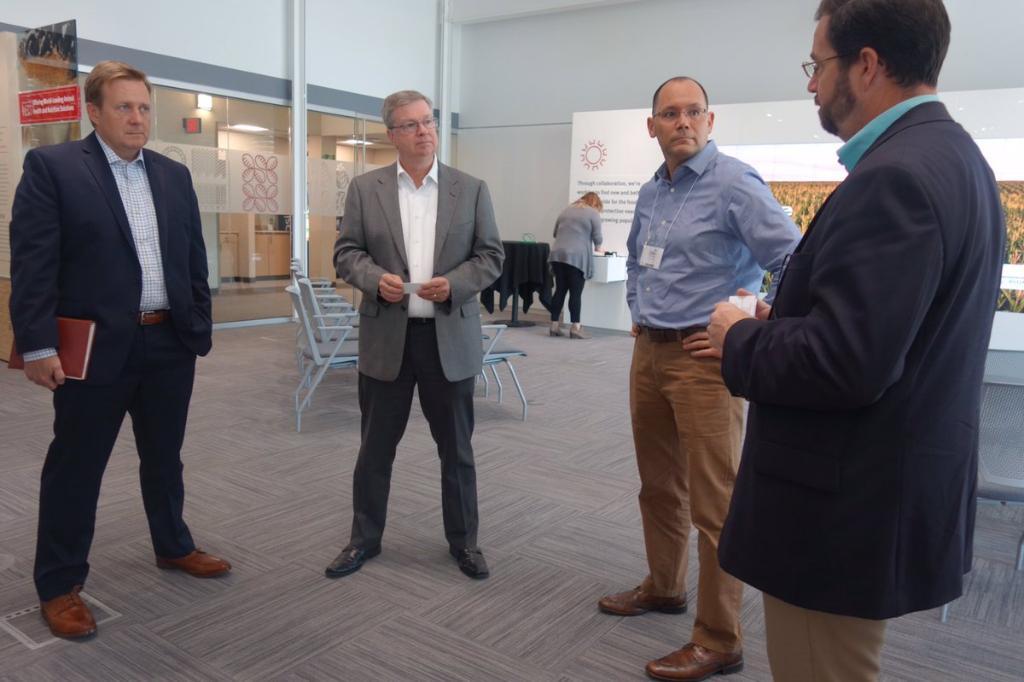 RT @EconAtState EB DAS Peter Haas visits...