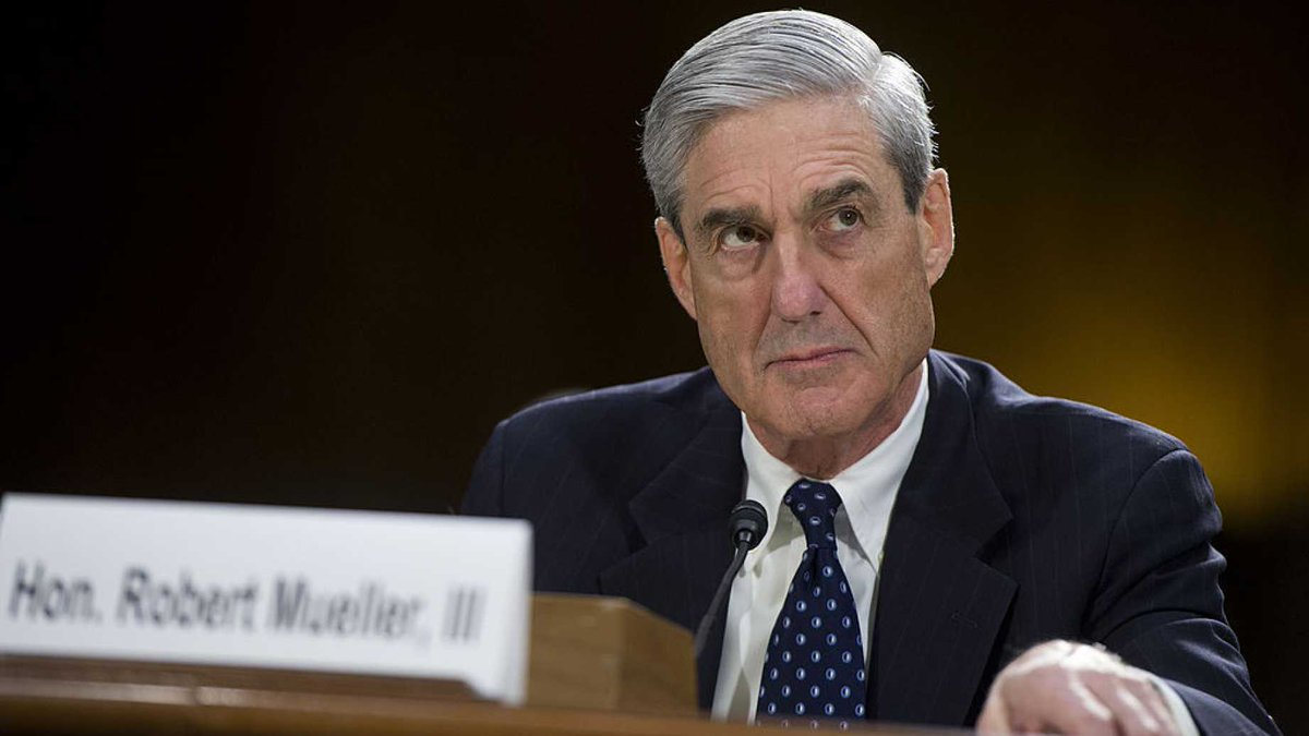 URGENT! COLLUSION DISCOVERY: #RobertMueller FBI Director When Agency HID EVIDENCE On #CLINTON-#RUSSIA COLLUSION!   http://www. dailywire.com/news/22398/rep ort-robert-mueller-was-fbi-director-when-agency-ryan-saavedra?utm_source=twitter&amp;utm_medium=social&amp;utm_content=051717-news&amp;utm_campaign=dwtwitter &nbsp; … <br>http://pic.twitter.com/DhO35M3TTM