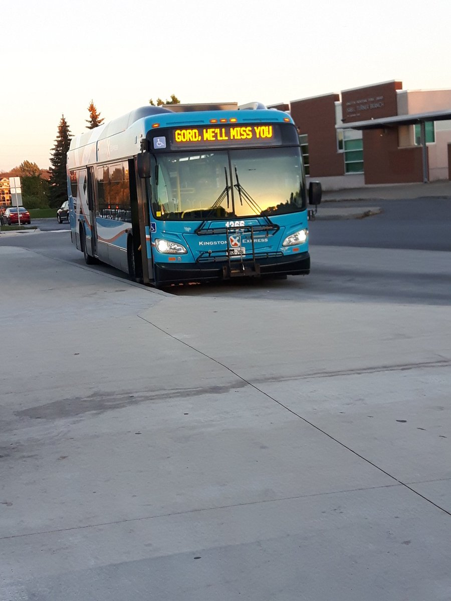 Classy move @KingstonTransit   @YGKTraffic   #ingordwetrust #ygk #TheTragicallyHip<br>http://pic.twitter.com/A8mSIIwqlx