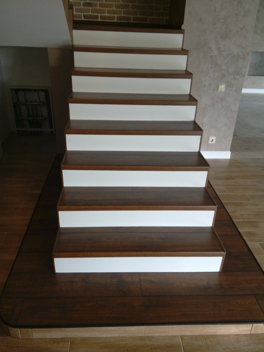 фото лестниц из ламината обшитая человеческой