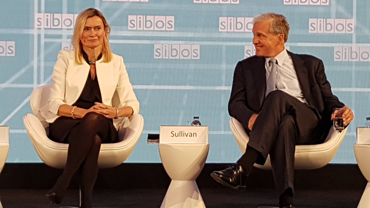 At #Sibos - @IBM &#39;s @nisford &amp; @StanChart Patricia Sullivan share a grin at a question: Will #AI save #banking? (&quot;Still early days&quot;) #IBM<br>http://pic.twitter.com/4mETwZNMJX