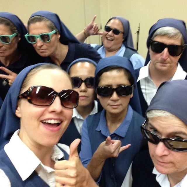 >@Emais_Estadao Freiras se rendem às redes sociais para mostrar vida no convento https://t.co/AmJQaE3pks