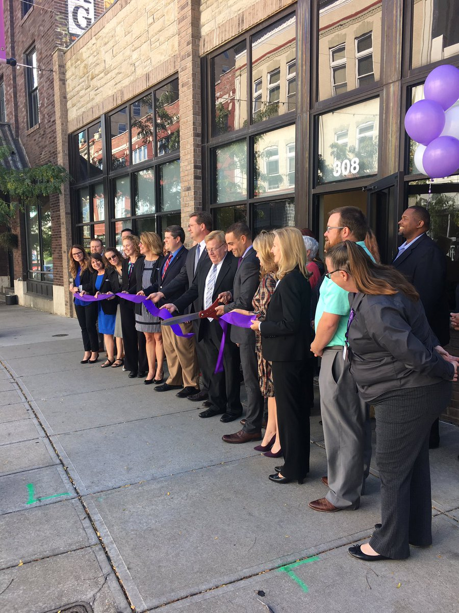 Congrats to @WellCare_Health on your ribbon cutting of MissouriCare in #downtownSGF - we appreciate your local presence #welcome <br>http://pic.twitter.com/kx6yFYjTLt