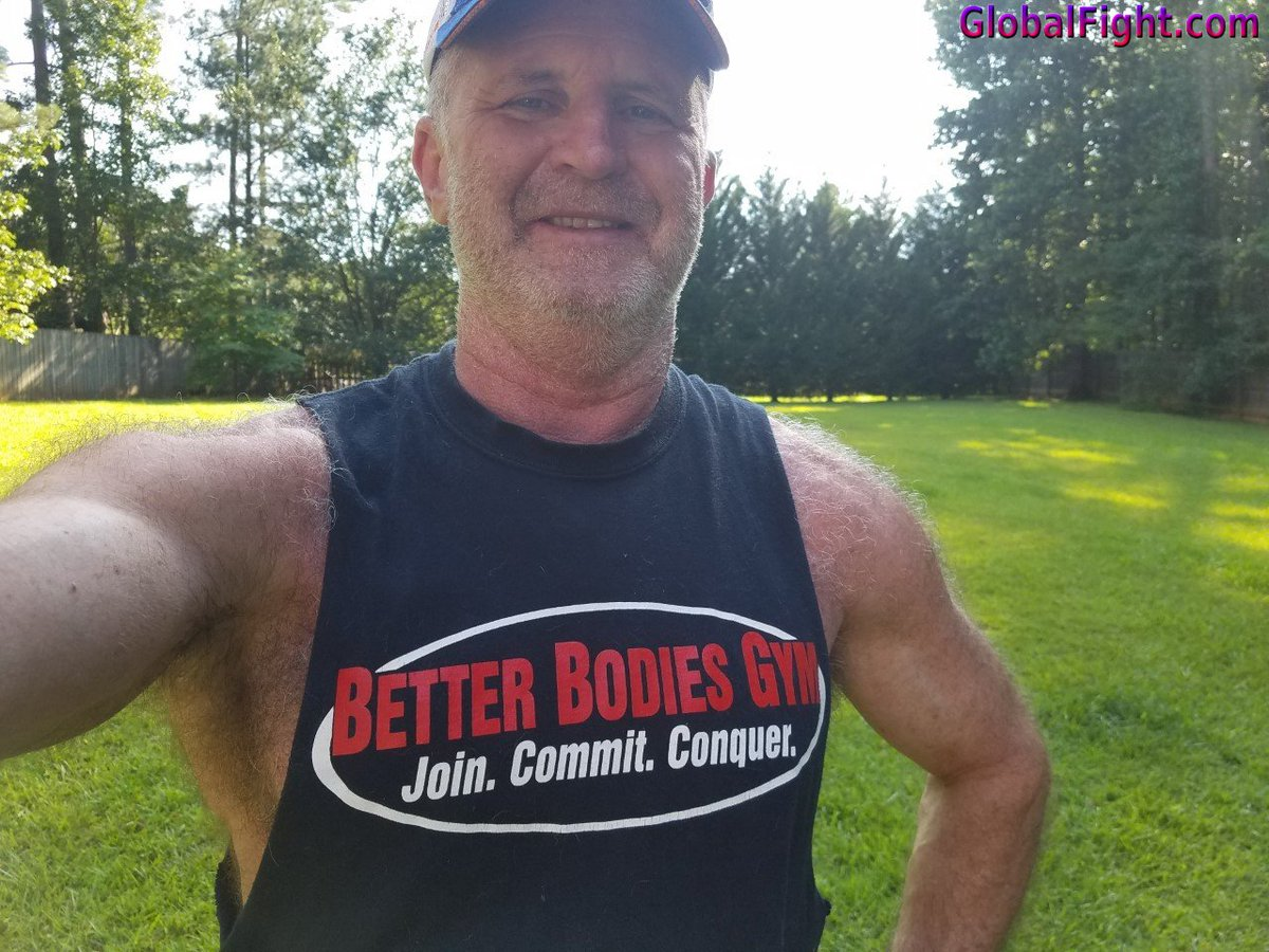 My  http:// GLOBALFIGHT.com  &nbsp;   Georgia gym dad #georgia #silverdaddy #gray #hair #grey #dad #muscle #hunk #shoulders #hirsite #hermosa #profiles <br>http://pic.twitter.com/Wdy3f5aACA