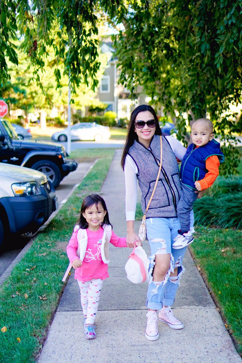 Are you a #mom looking to connect with like-minded moms who love #fashion? Connect with us  http:// goo.gl/Sznndt  &nbsp;  ! #momlife #momfashion <br>http://pic.twitter.com/HdRAiC9K5Y