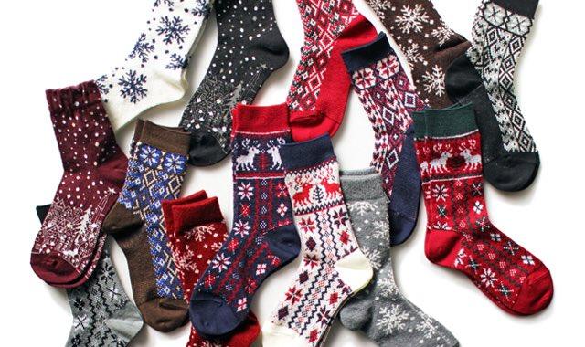 #くと打ってクリスマスって出たらリア充  靴下  (せ…せめてクリスマスっぽい靴下を…貼って…おきます…ね…) https://t.co/z...