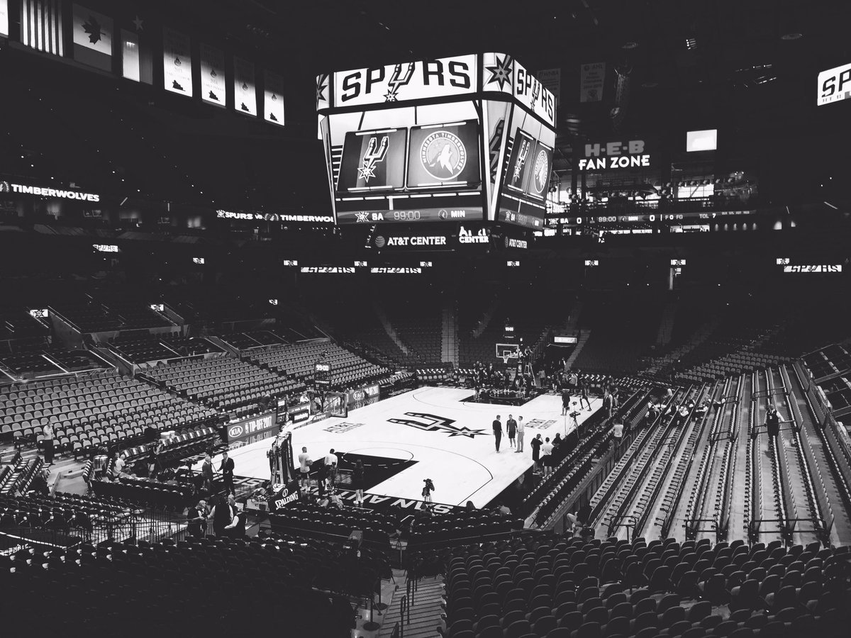 The stage is set. #GoSpursGo https://t.co/YqwHG0wXvr