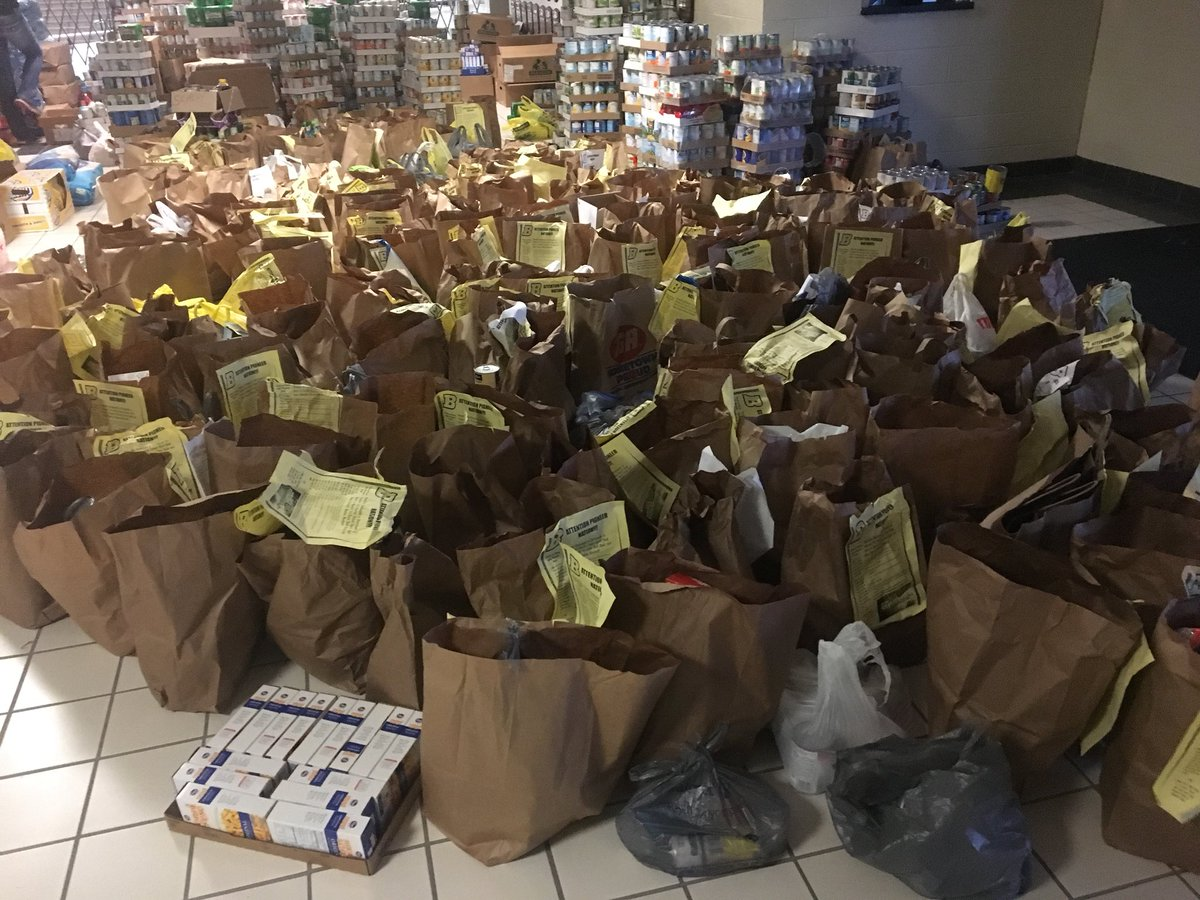 Boonville: you are an amazing community &amp; I consider it a blessing to live &amp; work here.#s still coming but over 3500 items tonight alone <br>http://pic.twitter.com/ypCFeLu5in