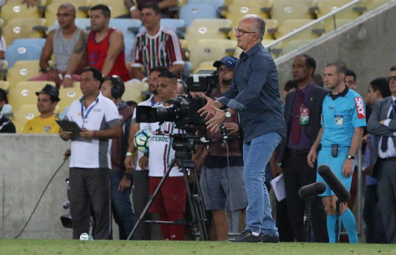 Dorival avalia duelo no Maracanã  https://t.co/sCNIephPka https://t.co...