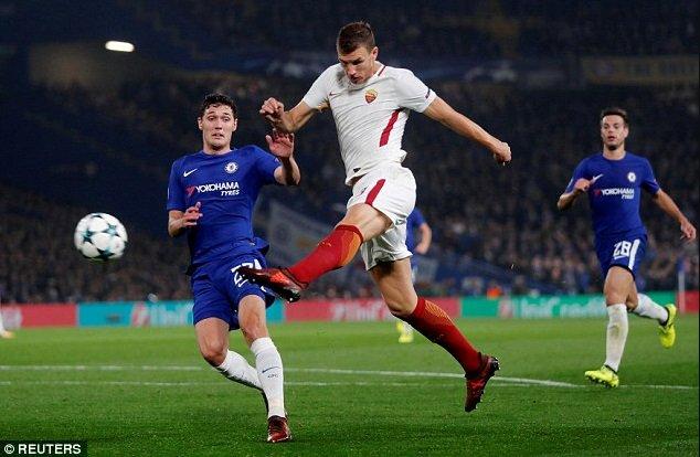 Chelsea-Roma, che spettacolo! Finisce 3-3 e Dzeko segna come Van Basten - https://t.co/UJcO3hjKqO #blogsicilianotizie #todaysport