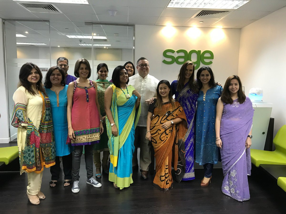#Sagemiddleeast wishes all our #Customers and #Partners a very #HappyDiwali <br>http://pic.twitter.com/8i55joWj6D