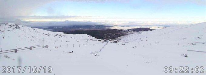 #SierraNevada... 😍😍😍❄️ Con un aspecto digno de pleno invierno!!! 🤤⛷️🏂 #ganasdenieve #temporada17_18