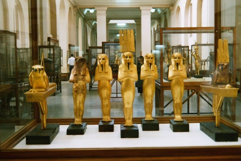 Egyptian Museum, Museum in #Cairo , #Egypt is home to an extensive collection of ancient Egyptian antiquities. #travel #travelspoc #Tourism<br>http://pic.twitter.com/Cxi51HFIui
