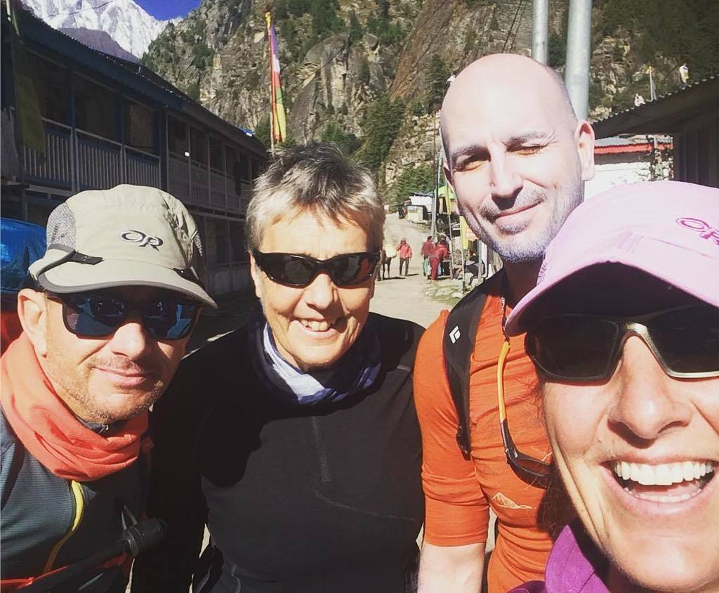 Team #Himlung finally out the jeeps and about to start the trek #Himalaya @adventurepeaks @scarpa_uk @deuter @grivel @odlo<br>http://pic.twitter.com/C4e1lGAprO