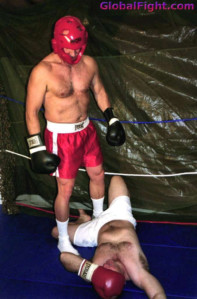 My  http:// GLOBALFIGHT.com  &nbsp;   TKO fighting bud #tko #boxer #man #fighting #daddy #knockout #older #men #males #gallery #silverdaddy #hunks #dad<br>http://pic.twitter.com/lGfjSFdYaB