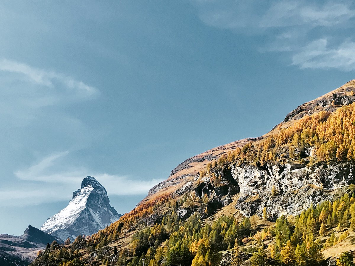 Enjoy your day! #zermatt #matterhorn #happyday <br>http://pic.twitter.com/EnTrKdqfNn