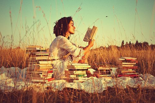 RT @noveliciouss Learning how to be a good reader is what makes you a writer. ZADIE SMITH #amwriting #reading <br>http://pic.twitter.com/Wdq1GBpJon
