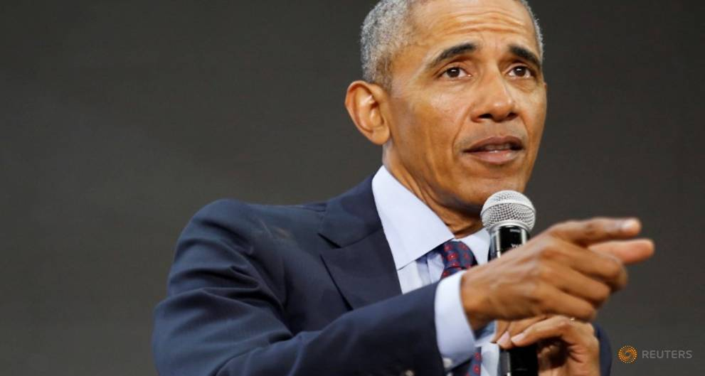 Obama hits campaign trail for first time...