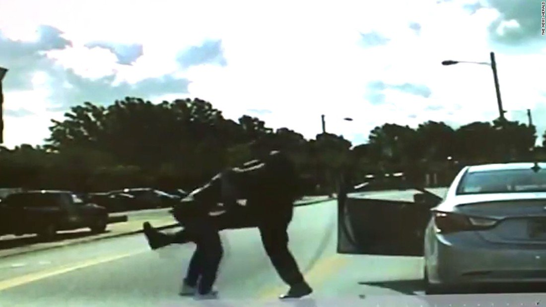 Police officer in Cleveland suburb seen on video punching a black motorist during a traffic stop has been fired https://t.co/Pv2jO0LwhV