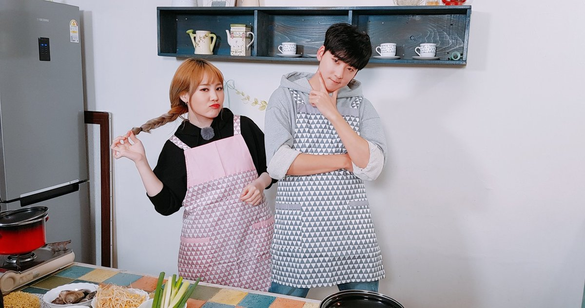 Kevin and Jimin&#39;s cook-off! Who will be the winner?!  - #TourAvatar #Kevin #Jimin #Incheon #Cooking #Cookoff #Foodie<br>http://pic.twitter.com/UgCSGdywWM