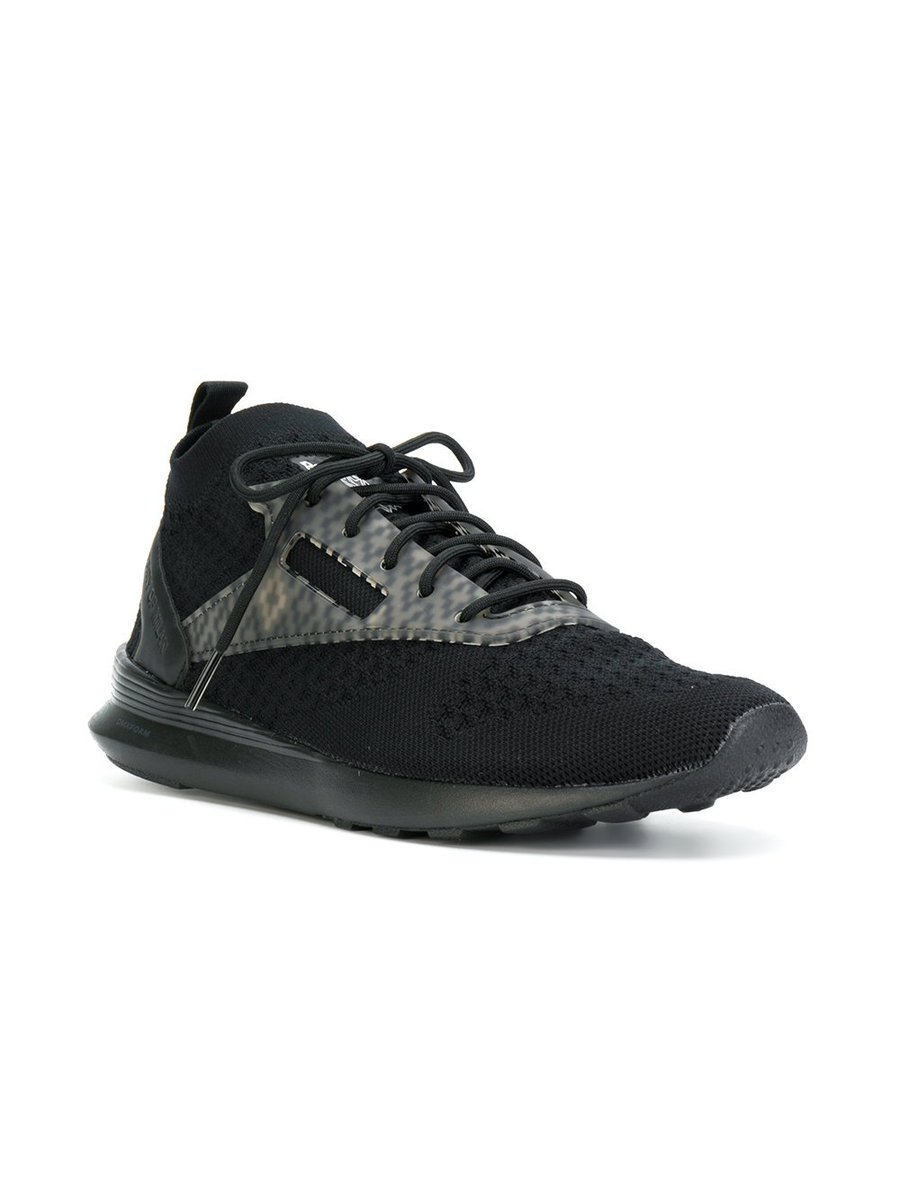 22dfab8e6eb9 The limited edition black  MarceloBurlonx x  Reebok Zoku sneakers have  arrived! Hurry—they won t be around for long  http   bit.ly 2inN1uJ  pic.twitter.com  ...