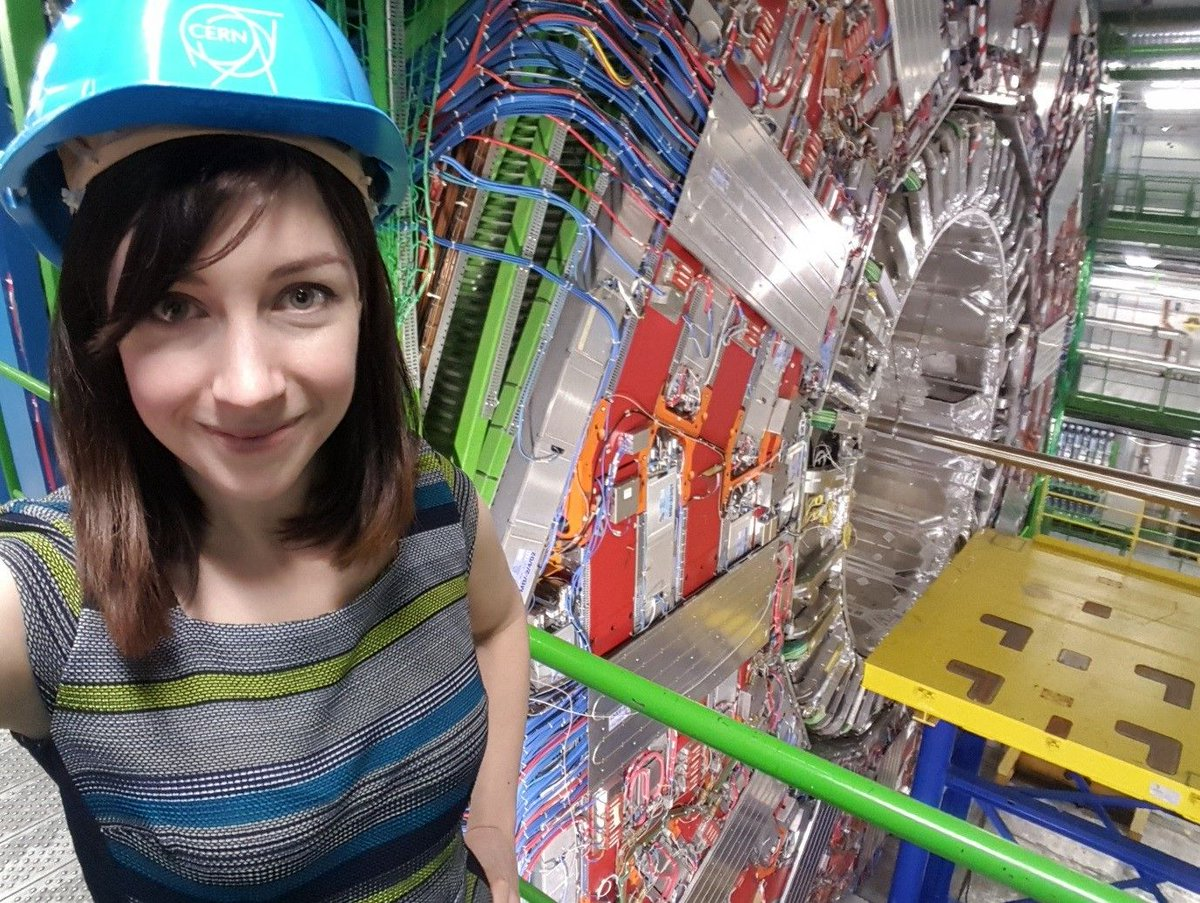 We don&#39;t do particle physics at #dundeeuni, so how are we playing our part in the world&#39;s largest experiment #CERN?  http:// uod.ac.uk/2ydnUAV  &nbsp;  <br>http://pic.twitter.com/clbW7M6F49