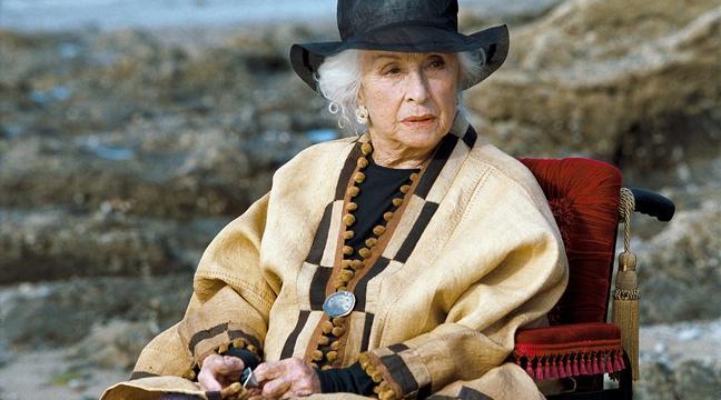 🔴 L'actrice Danielle Darrieux est morte à l'âge de 100 anshttp://bit.ly/2yzICsP https://t.co/wTUKiLqKT3