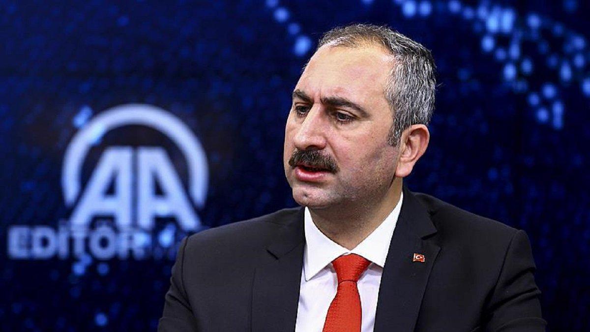 #Turkey says #US bound by treaty to extr...