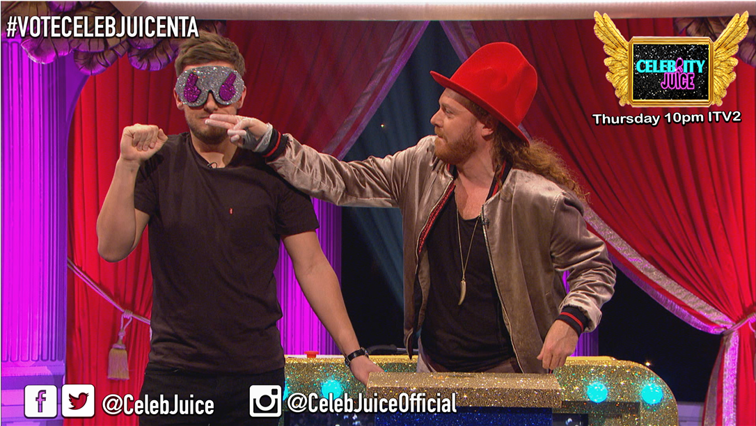 If you haven't smelt Liquid Poo before... Don't! @IAmChrisRamsey #CelebJuice https://t.co/SPrSUtXNVV