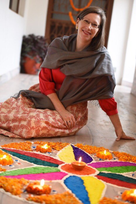 May the spirit of Tihar bring light, love &amp; laughter into your homes! Happy Deepawali #Nepal. <br>http://pic.twitter.com/0aFrkvphlH