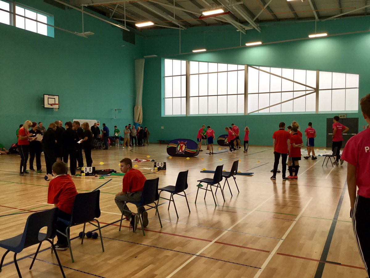 #teamspirit  Some of the activities, taking place today.  @BrighouseHighPE  @JRowntreeSchool  @thebrooksbank  @cedarsacademy<br>http://pic.twitter.com/iPkqmIWCgw