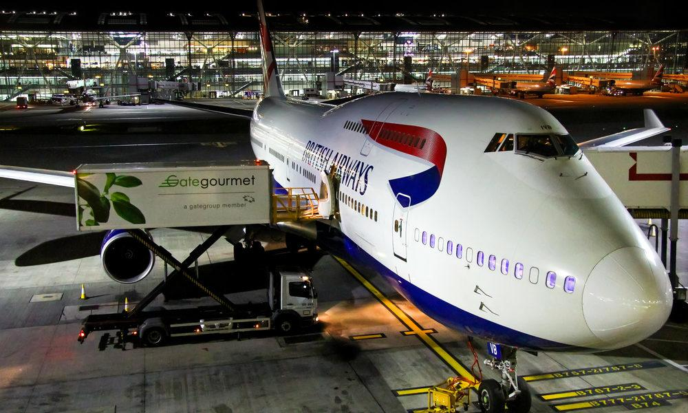 .@British_Airways Changes Its Baggage Allowance Rules With Almost No Notice  http:// dld.bz/gn2sn  &nbsp;   via @FlyerTalk #LuxuryTravel #Airlines<br>http://pic.twitter.com/fRtHaX1HW5