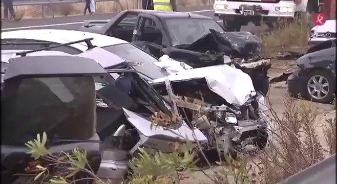 Crónica del accidente, testigos, reacciones institucionales y balance de víctimas del accidente de #Galisteo, en #EXN1📺 y #HoraPunta📻. https://t.co/gUifhrZ186