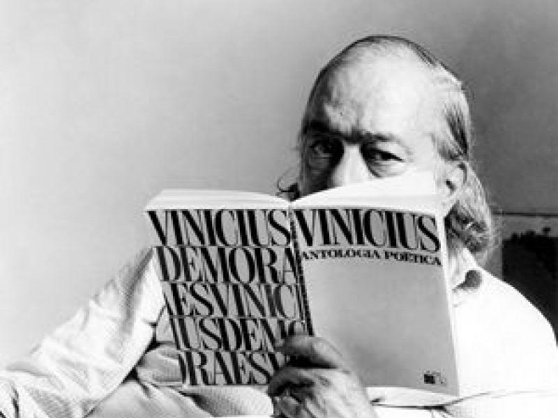 #Undíacomohoy: En 1913 nace Vinicius deMoraes https://t.co/xP7QC29s1d...