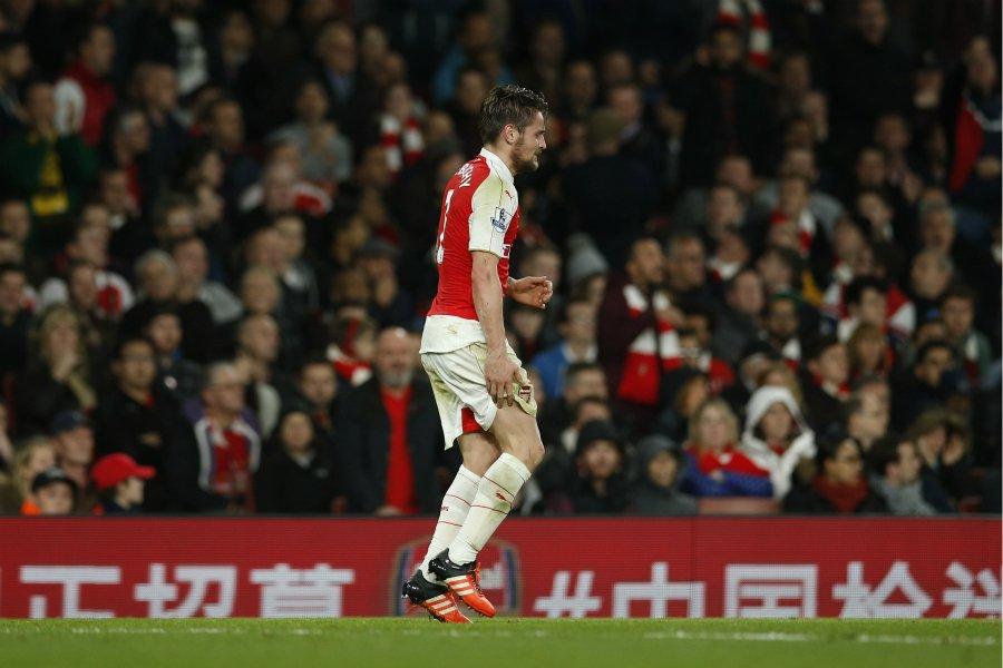 Arsenal: Debuchy titulaire à Belgrade https://t.co/LurCxwLjFw